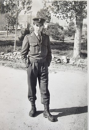 Γιάννης Οικονόμου, Ανθυπολοχαγός 1956